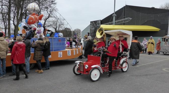 Orchestre animation Jazzymobile au carnaval d'Hérouville (76)