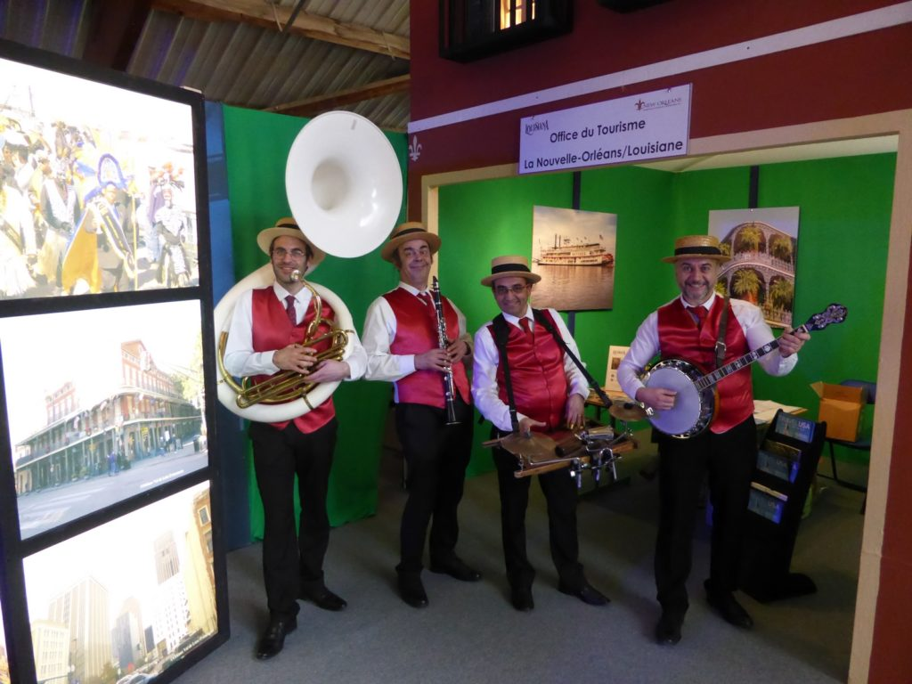 Dixieland Parade quartet en gilet rouge