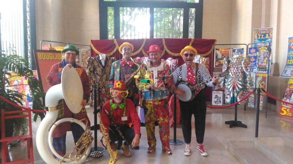Orchestre les Musiclowns parade et carnaval