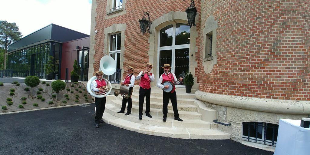 Groupe jazz new orleans mariage au Domaine de Montigny 60117 Russy-Bémont