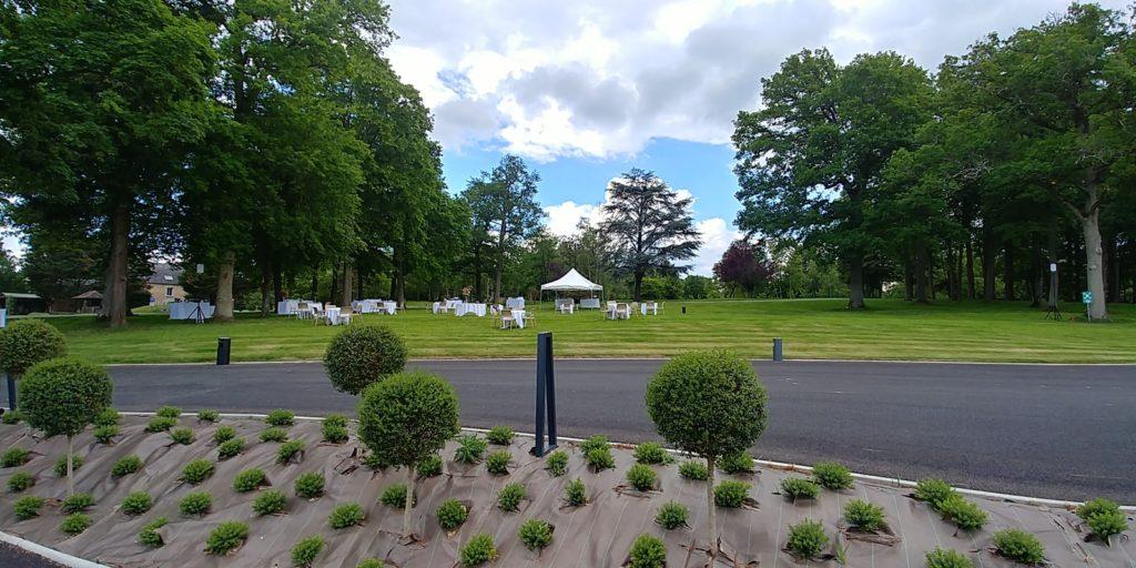 Les buffets de mariage en attendant les invités au Domaine de Montigny, 60117 Russy-Bémont